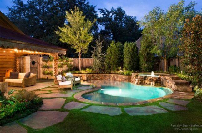 полимерный бассейн в загородном доме