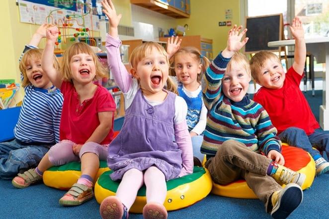 Чи варто віддавати дитину в дитячий садок? За і проти. Що потрібно знати!