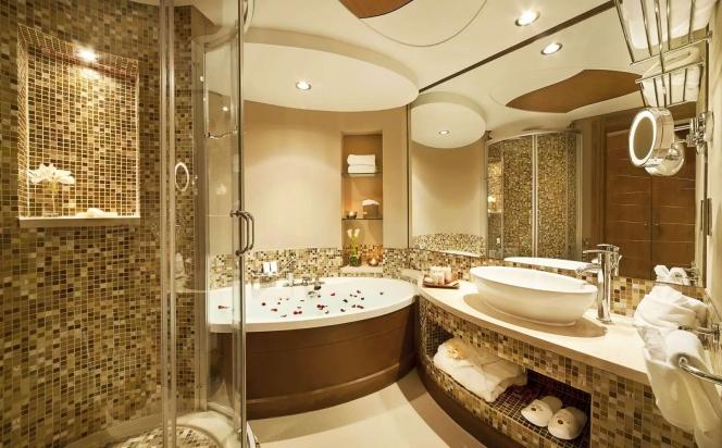 Як зробити інтер'єр ванної кімнати цікавішим!