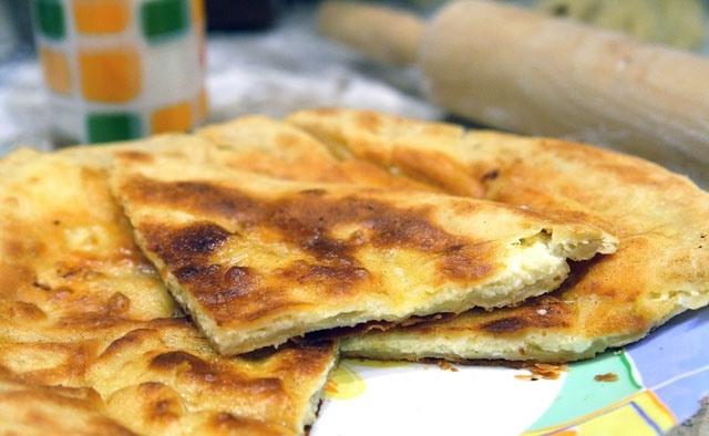 Хачапурі з сиром. Як приготувати
